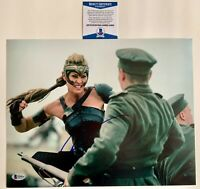 Robin Wright Autographed Wonder Woman 11x14 Photo Signed House Cards Beckett COA