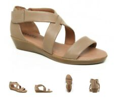 SUPERSOFT BY DIANA FERRARI VANDA WOMENS SHOES CASUAL SANDALS SZ 9 taupe
