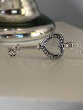 Genuine Pandora cœur clé Médaillon Collier-Medium 396581CZ