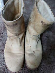 dunham men Boots