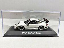 1:43... Minichamps -- Porsche 911 gt3 Cup #09 en plexibox/4 B 881