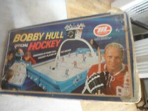 BOBBY HULL MUNRO TABLE TOP ROD HOCKEY 60'S VERSION MONTREAL/TORONTO -PARTS !