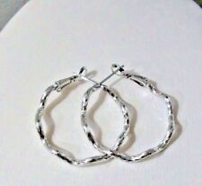 white gold plated earrings hoop small 1 inch embossed wavy women wh2