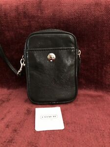 COACH NWT Black Multifunction Pouch Cosmetic Case Wristlet 60569