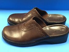 Clarks SN70402 Womens Shoe Size 11 M Brown Leather Slip On Mules Slides.      14