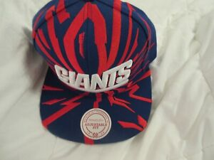GIANTS MITCHELL & NESS BLUE AND RED  HAT NEW