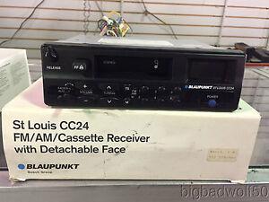 BLAUPUNKT ST LOUIS CC24 FM/AM/CASSETTE RECEIVE W/ DETACHABLE FACE BRAND NEW!