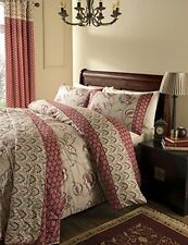Traditional Three-Piece Bedding Sets & Duvet Covers
