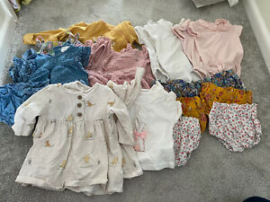Bundle Of Twin Baby Girls Clothes 0-3 Months, Bloomers, Peter Pan Collar