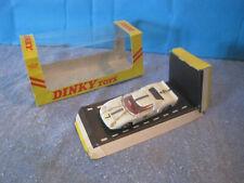 DINKY TOYS GB ANCIEN FORD G.T.40 RACING CAR  EN  BOITE 215