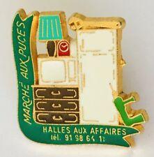 Marche Aux Puces Flea Market Advertising Pin Badge Retro (D11)