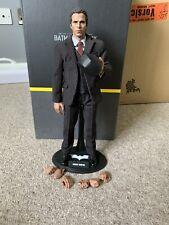 Hot Toys Batman Armory Bruce Wayne The Dark Knight 1/6 Scale Figure