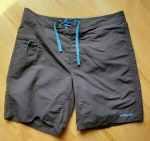 Patagonia Wavefarer Board Shorts men's 34 Dark Blue Gray
