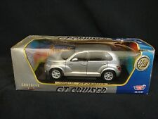 Motor Max Chrysler GT Cruiser 1/18 Scale Diecast Silver Car New 2000 Motormax