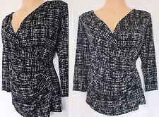 V Neck Blouses Geometric Singlepack Tops & Shirts for Women