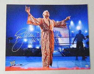 010521 Ric Flair Signed 16x20 WWE Wrestling Photo AUTO Autograph LEAF COA