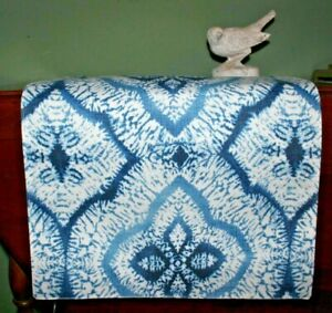 """ARTISTIC ACCENTS Blue White Reversible Table Runner 2 Geometric Prints 90"""" X 16"""""""