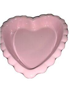 Chantal 2 Quart Pink Heart-Shaped Valentine Baking Serving Dish 93-HBP24 2004