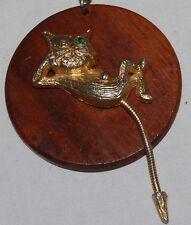 Vtg Mid Century Gold Metal Cat Necklace Wooden Pendant Green Rhinestone Eye 24