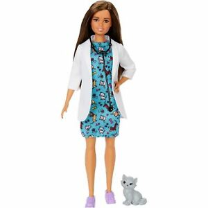Barbie Pet Vet Doll and Kitty Patient Playset GJL63