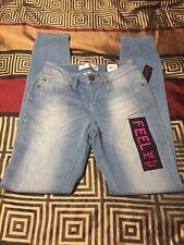NWT Junior sz 3 jeans NOBO super soft skinny jeans light blue wash