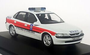 Schuco 1/43 - Vauxhall Vectra Lancashire Police Diecast Scale Model Car 04181