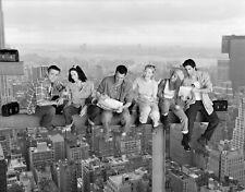 FRIENDS - TV SHOW CAST PHOTO #295