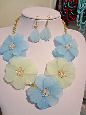 Blue Acrylic Flower Floral Clear Faceted Glass Bead Necklace earring Set