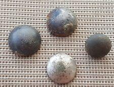 BEL LOTTO DI POST Medievale Stud tipo pulsanti tutti presenti in Inghilterra L32z