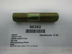 Mack Rim Stud  43RU1717A  25159368