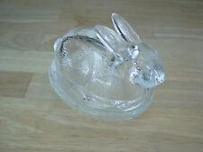L.E. SMITH Glass EASTER Rabbit/ Bunnie on Basket 2 Piece USA 5 X 4 1/2 Handmade