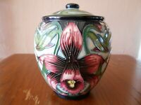 "Moorcroft Jar 401/5 - Aphroditie - Shirley Hayes - 5"" / 12cm Tall"