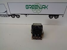 SQUARE D 8502SE02S 600V NEMA SIZE 3 STARTER CONTACTOR - USED - FREE SHIPPING