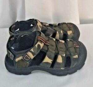 Cherokee boys youth army green camo fisherman sandal shoes SZ 11