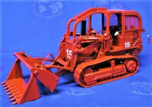 First Gear 400131 IH 175 Track Loader w/4-in-1 Bucket + Winch 1/24 Die-cast MIB