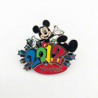 Disney Official Trading Pin Mickey Mouse Disneyland 2012