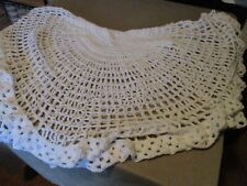 netted white[ round table cloth]