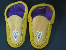 NATIVE AMERICAN BEADED MOCCASINS 8 1/2 INCHES LONG CUTE PINK VAMP PINK LINED