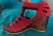 Fly London Diseñador Preciosa Sandalias de Cuña con Plataforma Zapato De Cuero Rojo UK4 PVP £ 85