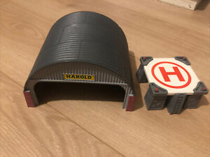 Thomas & Friends Trackmaster Railway Harold at the Hanger Set