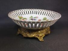 Ancienne coupe à fruit en céramique ajourée déco floral pied métal doré vintage