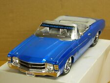 MAISTO 1/18 1971 CHEVY CHEVELLE Low Rider Blue Rubber Tires Very Detailed BLUE: