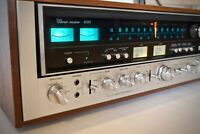 SANSUI 9090 Stereo Receiver ( VINTAGE 1975 ) Walnut Case LED - Tested / Working