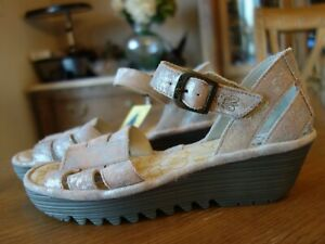 FLY London - Leather Quarter Strap Wedges - Rese -Rose EU 38 US 7 - 7.5