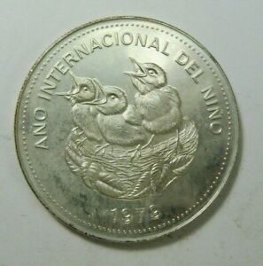 1979 Costa Rica 100 Colones Birds Year of Child SILVER BU COIN