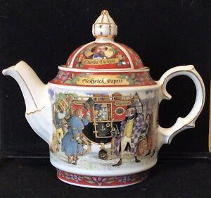 Vintage SADLER tea pot PICKWICK PAPERS