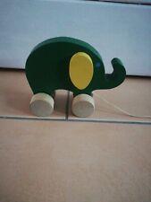Nachziehtier Elefant aus Holz