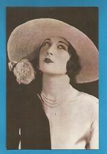 London Collectable Fashion & Clothing Postcards