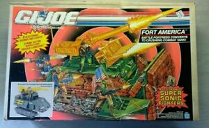 GI JOE 1991 Fort America  Battle Fortress Converts to Combat Tank Sealed Box