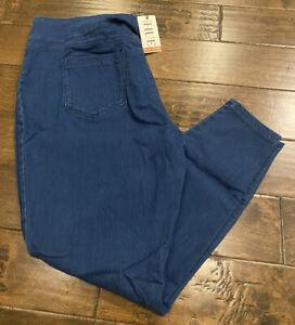 NEW HUE Classic Smooth Denim Leggings Indigo Wash Plus Size 1X 2X 3X NWT